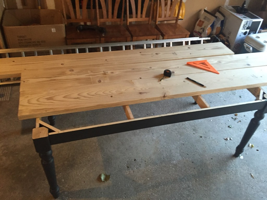 DIY Kitchen Table14
